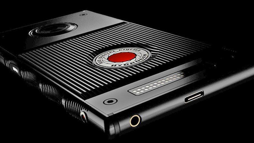 RED-Hydrogen-One-smartphone